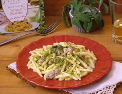 Trofie con salsiccia e pistacchio