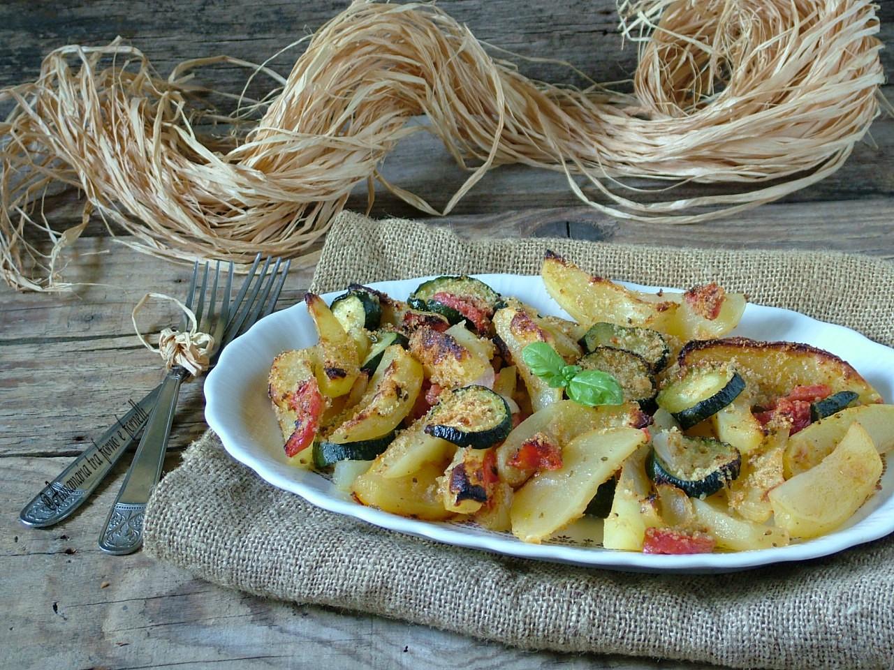 contorno rustico con patate e zucchine