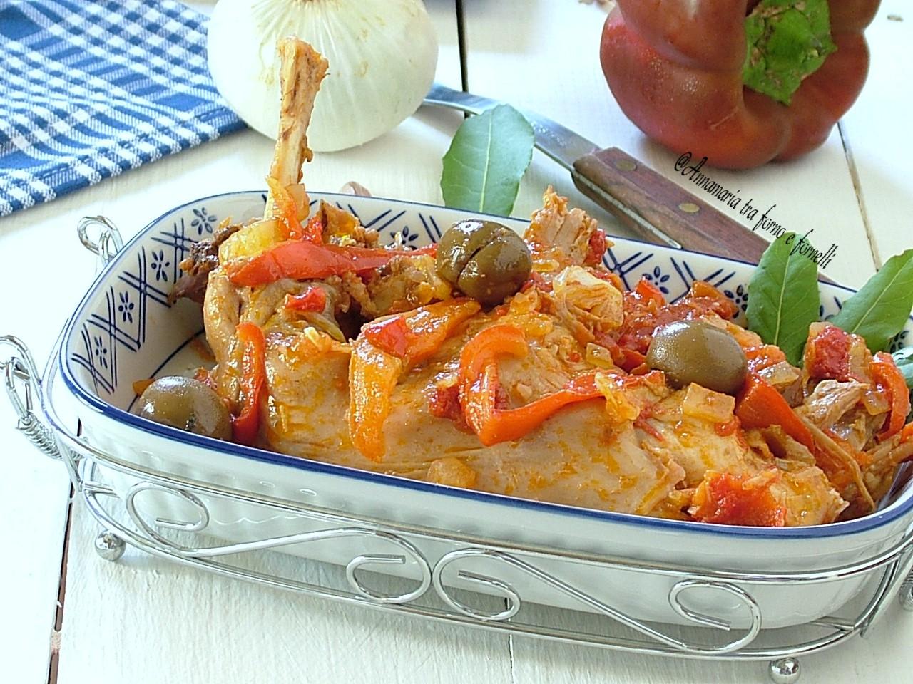 coniglio ai peperoni e olive