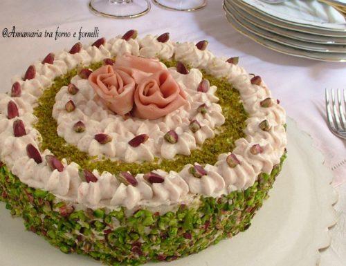 Torta salata con mousse di mortadella e ricotta