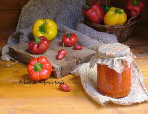 Crema di peperoni dolci e peperoncini