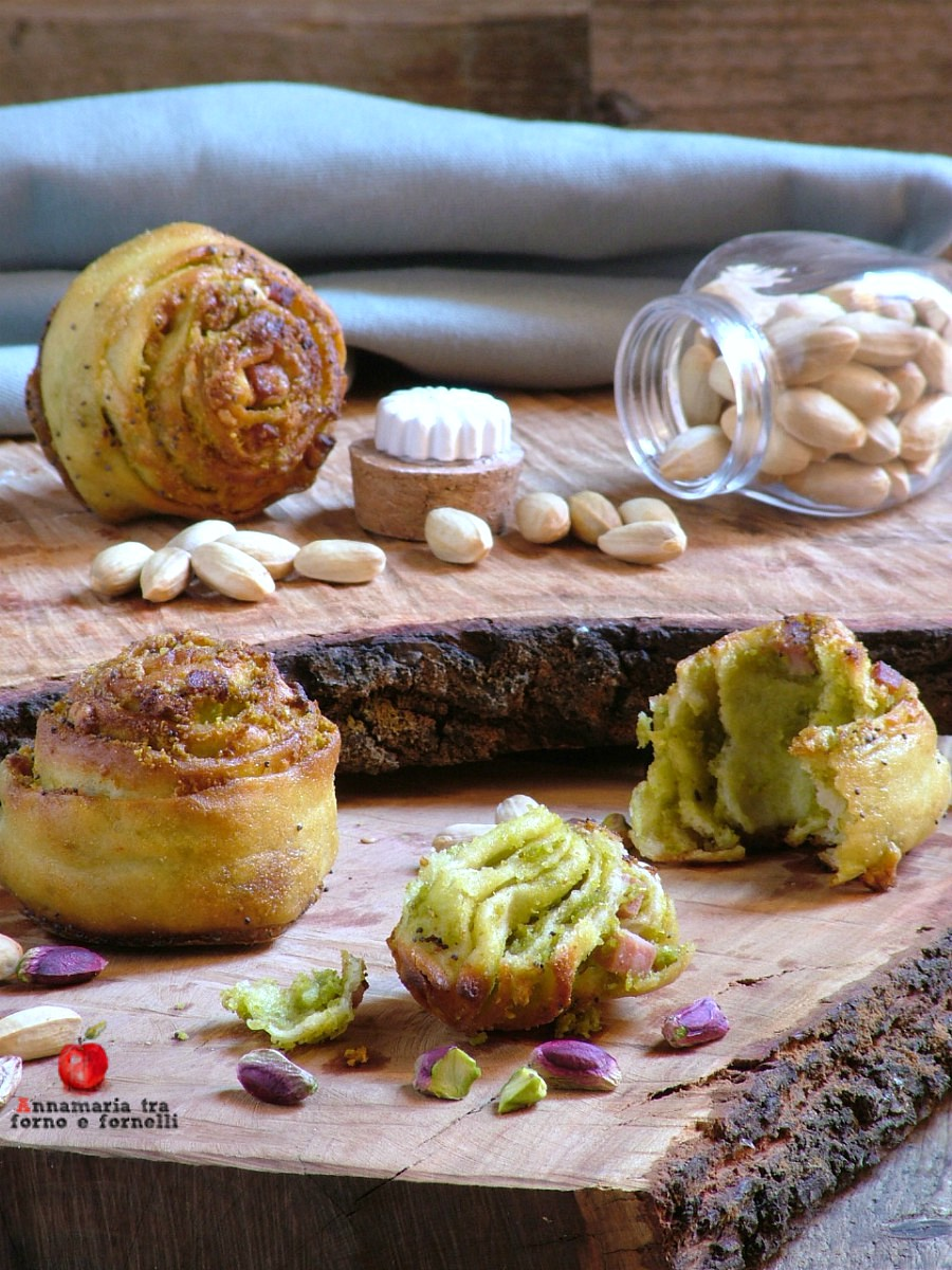 miscate con pesto di pistacchio verticale