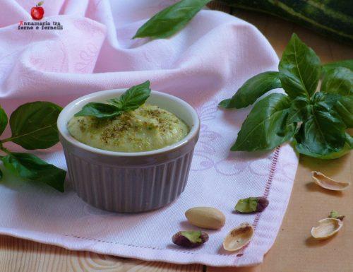 Pesto di zucchine e pistacchio