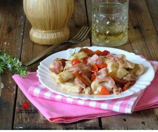 bocconcini di pollo peperoni e bacon