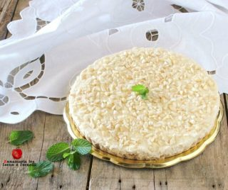 Torta fredda cocco e mandorle