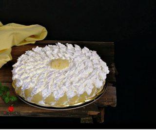 torta con crema e ananas