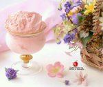 gelato al gusto di fragola