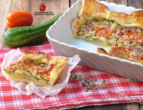 Torta salata con zucchine patate e pomodori