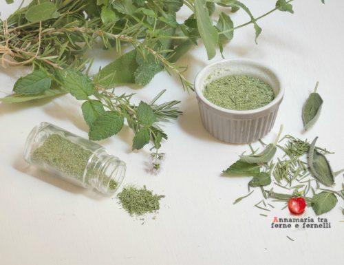 Mix di erbe aromatiche pronto in 5 minuti