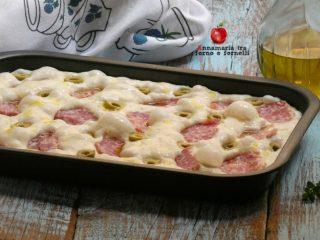 pizza soffice in teglia cruda