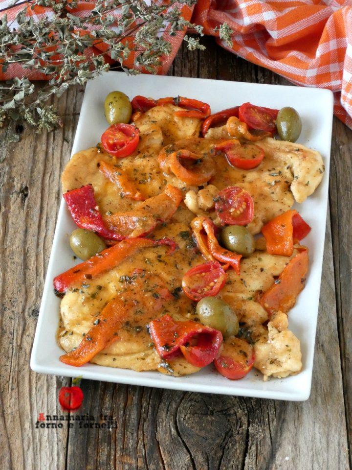 vpetto di pollo con peperoni e olive