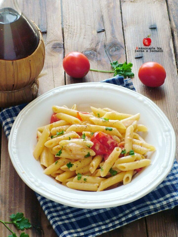 vpasta al gorgonzola e pomodorini