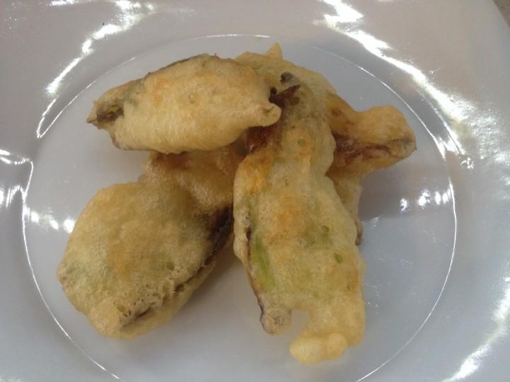 Fiori di zucca pastellati (ciurilli)
