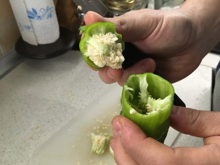 Peperoni (friggitelli) con pimientos