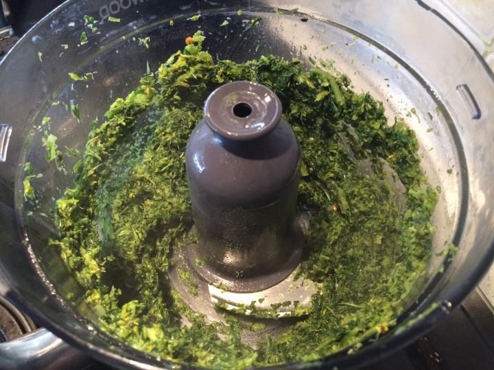 Rigatoni al pesto di friarielli e salsiccia mantecati al provolone
