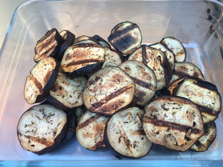 Melanzane grigliate piccanti BBQ