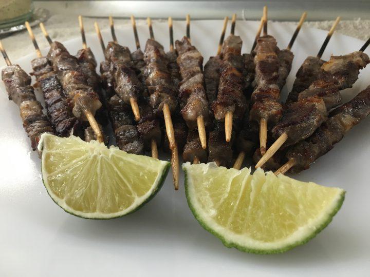 Arrosticini su bbq marinati al lime