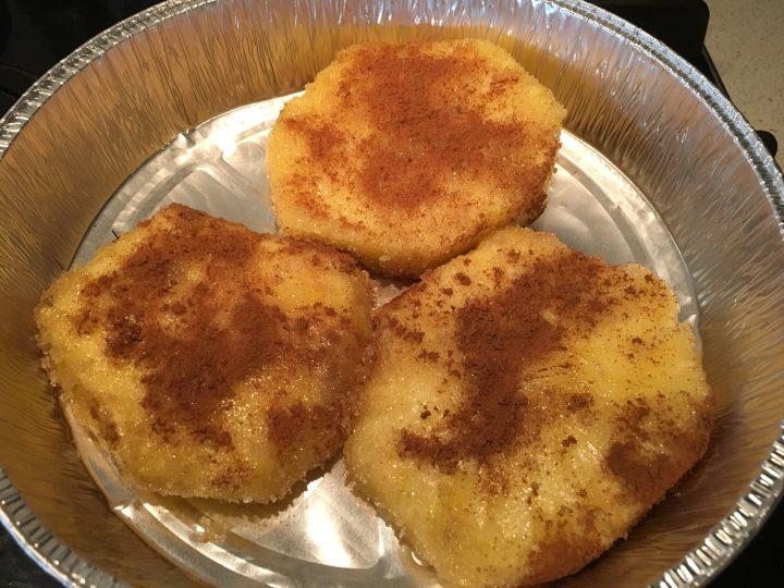 Ananas miele e cannella al forno