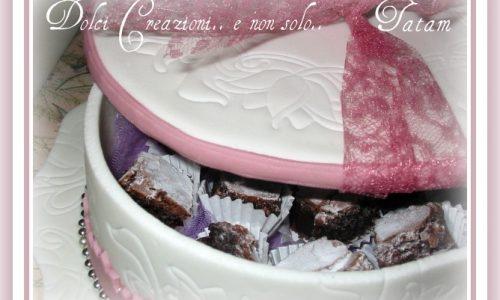 Bauletto in pasta di zucchero | box of sugar paste