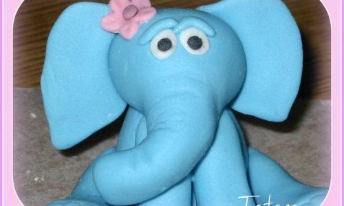 Mi Fai un Elefante Blu in pasta di zucchero