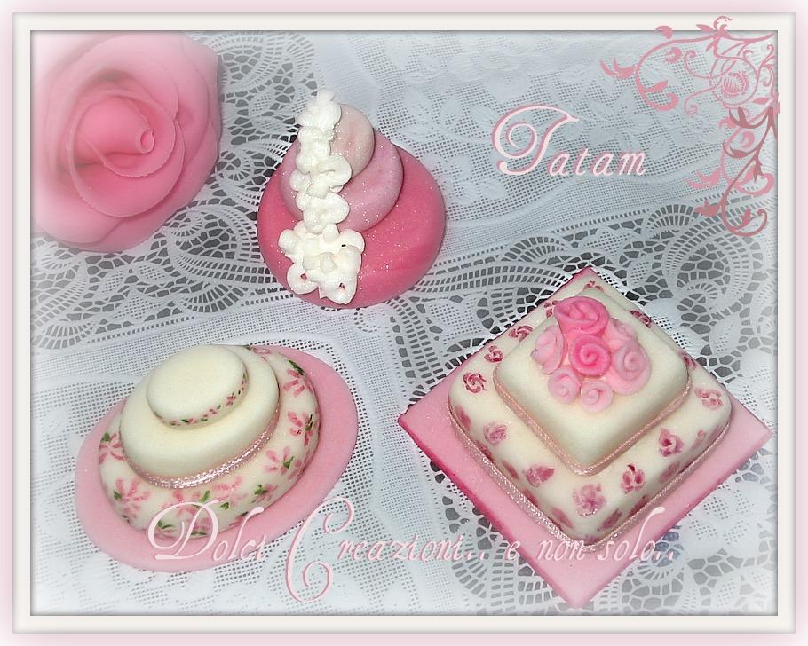 mini wedding cake pink 1