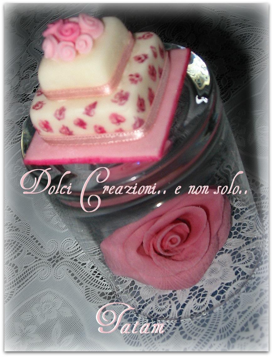 mini wedding cake rosa