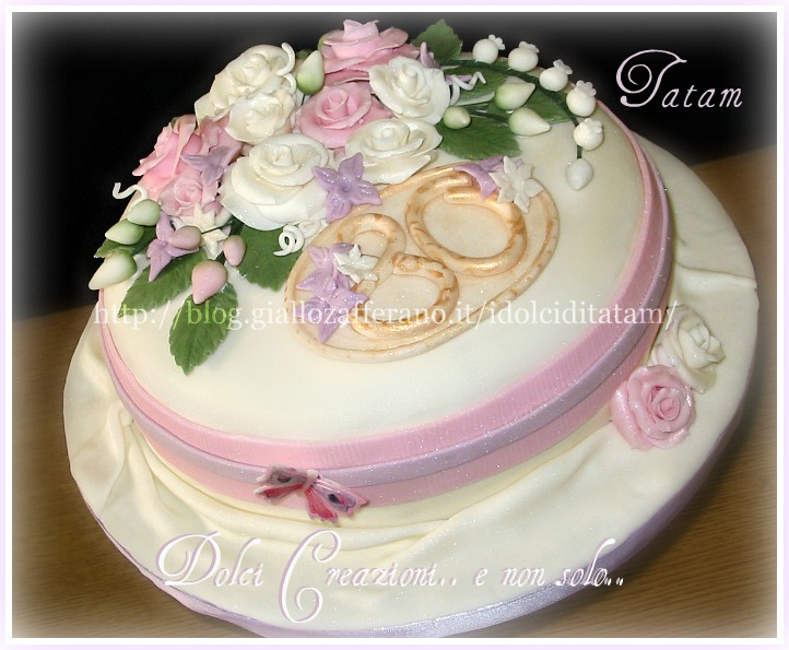 torta decorata rose perlate 2