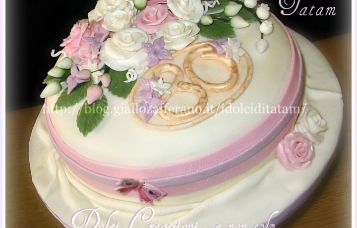 Torta Bouquet di rose perlate
