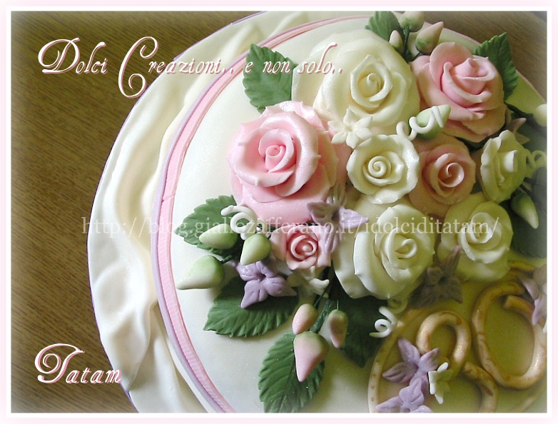 torta decorata rose perlate 4