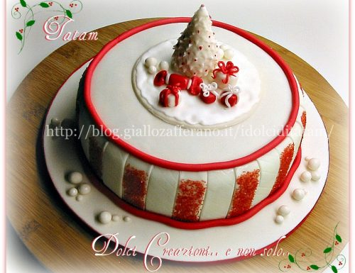 Christmas Cake in bianco e rosso