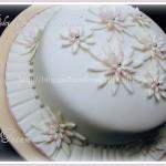 pink daisies's cake 2