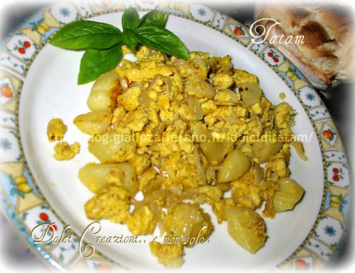 Uova strapazzate con patate e cipolle |ricetta semplice