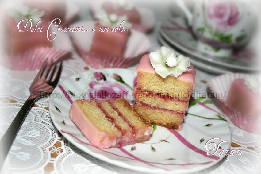 petit four mini cake tatam