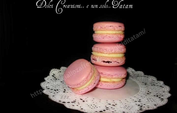 Macarons con ganache al cioccolato bianco e arancia