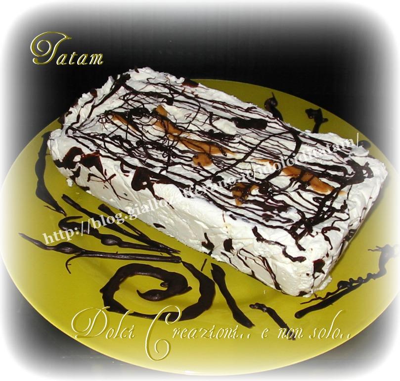 Torta Gelato cioccolato e caramello con un cuore di biscotto