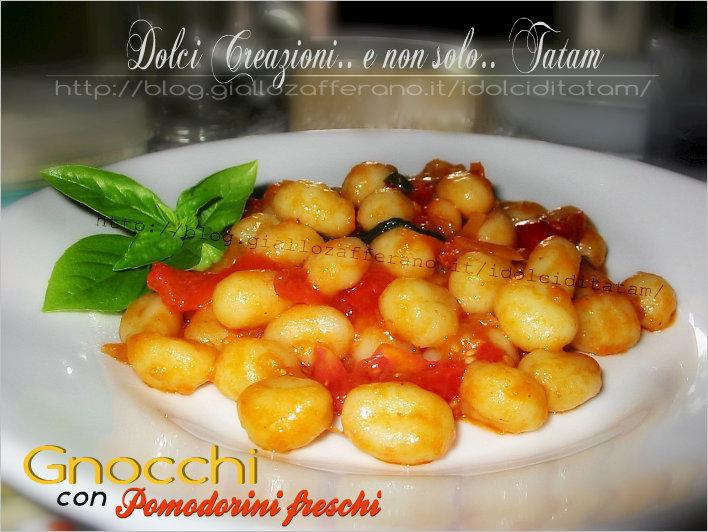 Gnocchetti di patate con pomodorini freschi e pecorino