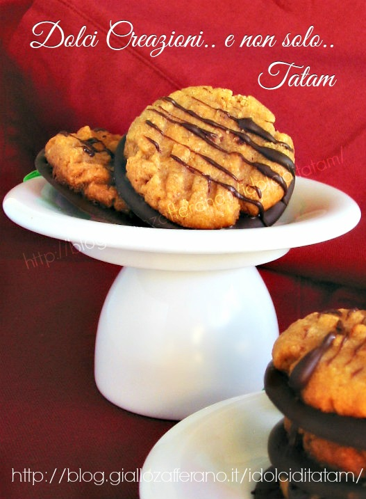 Biscotti al Burro di Arachidi e Cioccolato Fondente