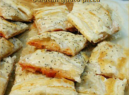 Salatini rustici di pasta sfoglia gusto pizza, con video ricetta