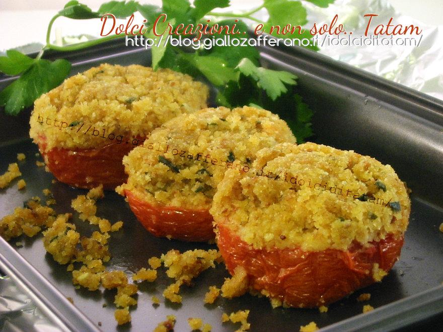 Pomodori al gratin al forno | ricetta contorno leggero vegetariano