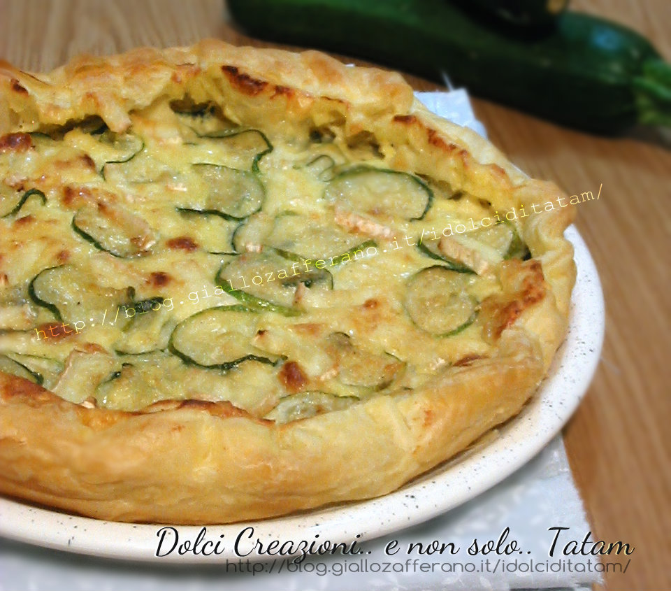 Torta salata con zucchine e brie