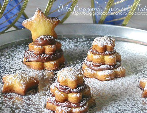 Biscotti Alberelli di frolla e Nutella