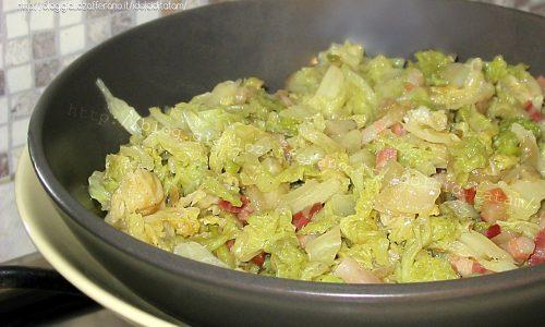 Cavolo Verza stufato con pancetta