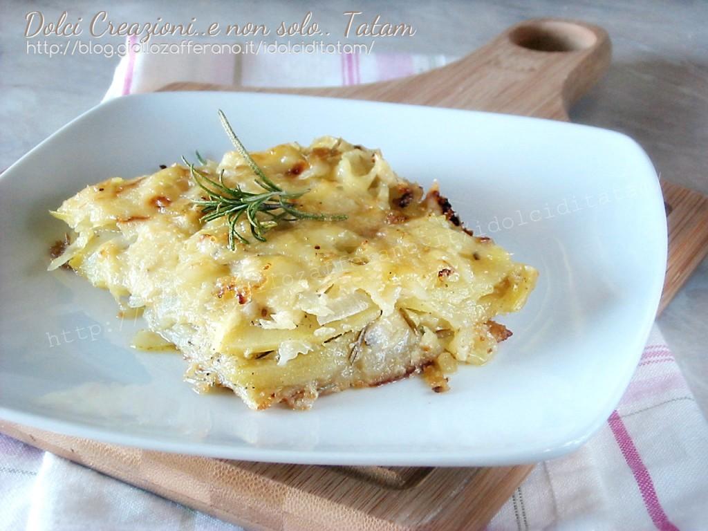 Pasticcio di patate e cipolle al groviera