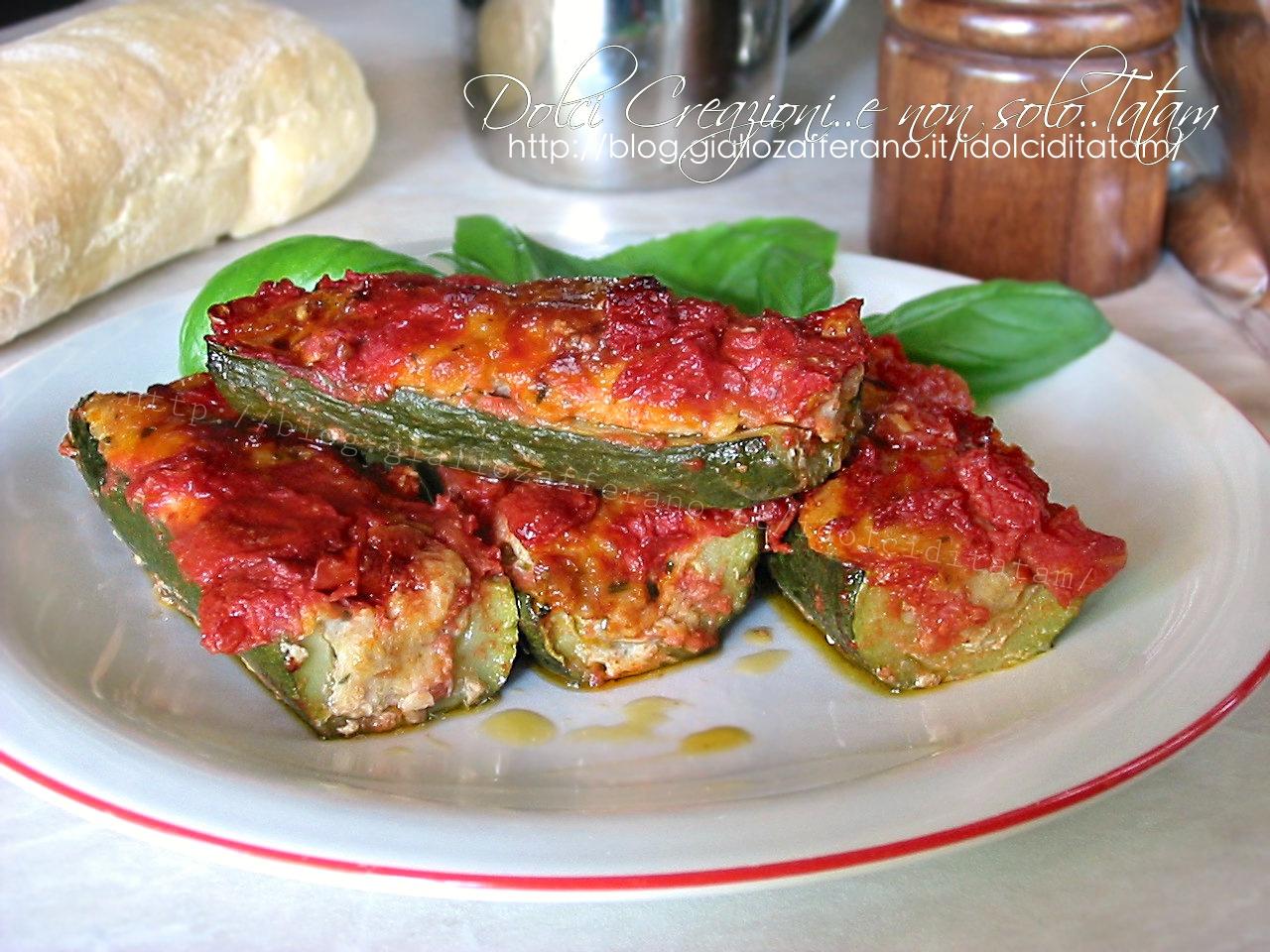 Zucchine ripiene di carne al pomodoro