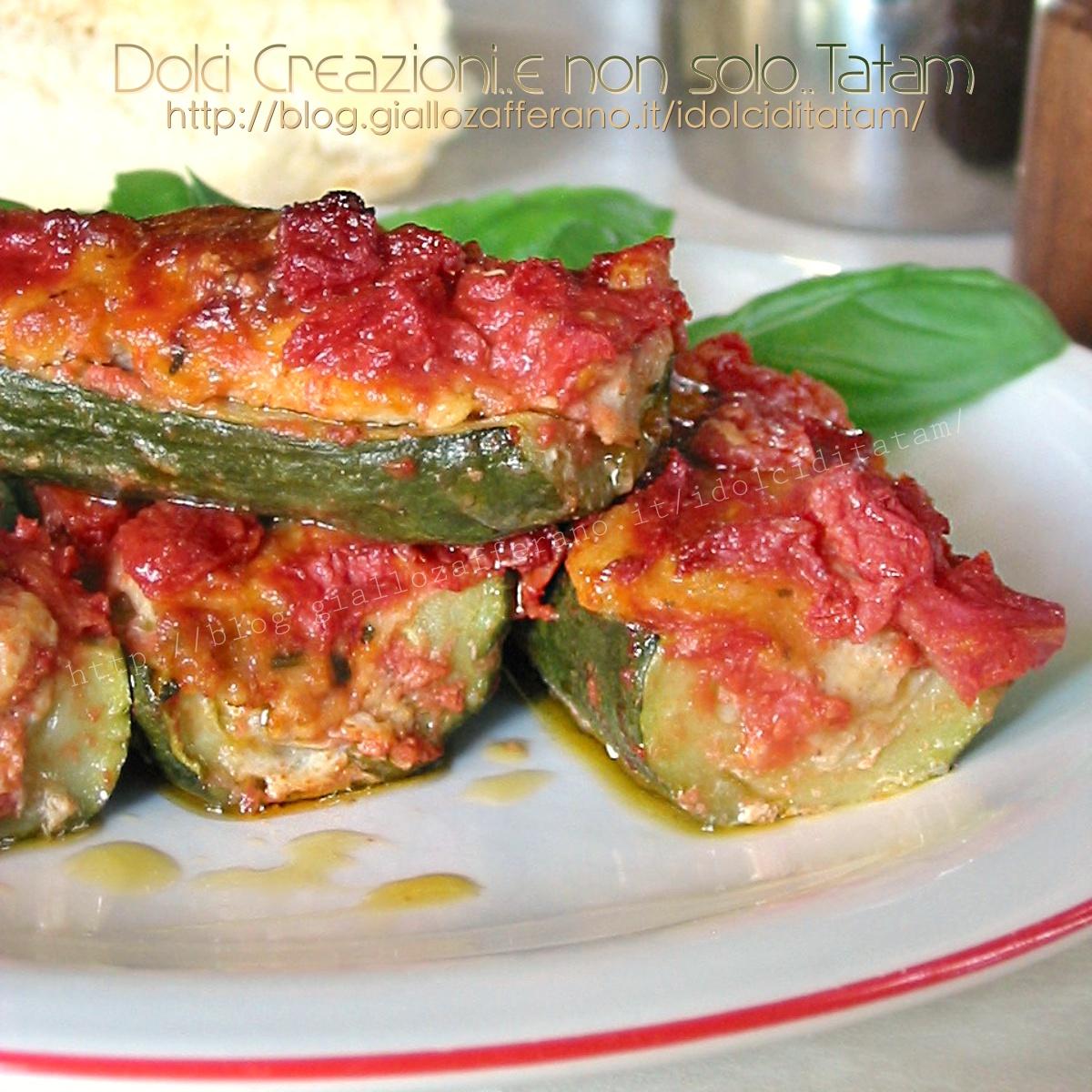 Ricetta Zucchine Ripiene Di Carne Al Sugo.Zucchine Ripiene Di Carne Al Pomodoro Ricetta Facile