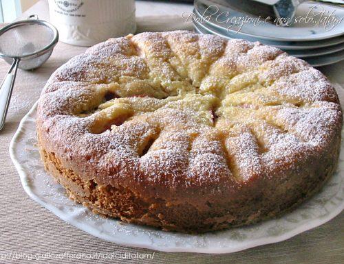 Torta soffice con pesche fresche