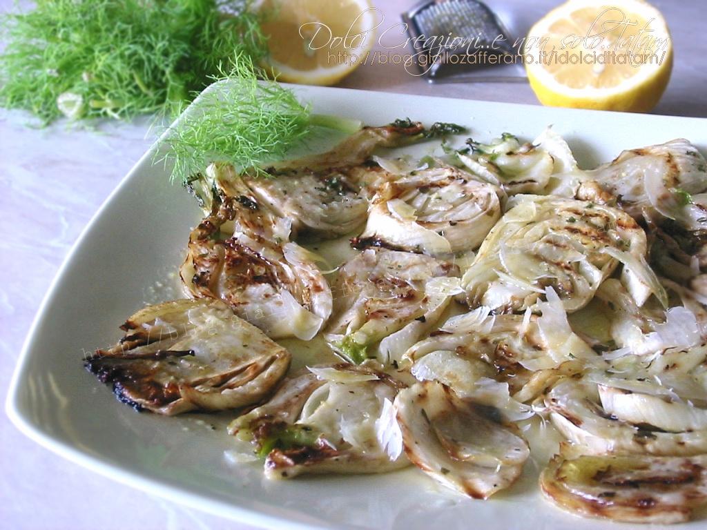 Finocchi alla griglia con limone e parmigiano, ricetta leggera