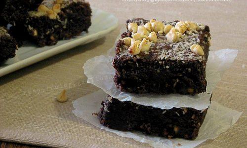 Brownies al cocco e cioccolato bianco – Video ricetta
