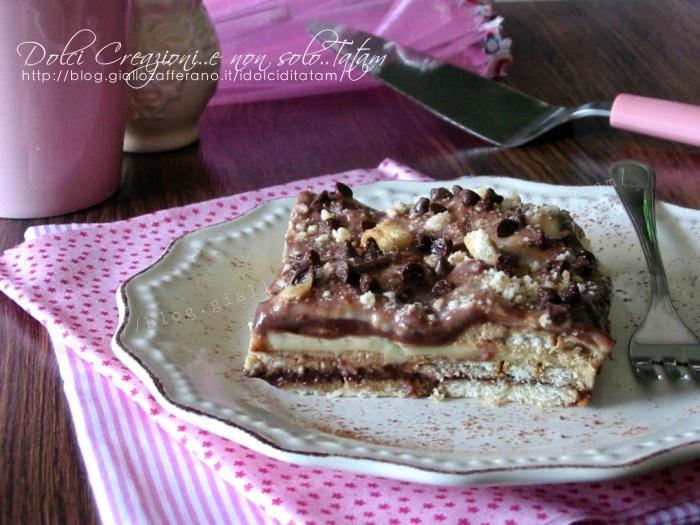 Dolce veloce con biscotti e budino, vaniglia e cioccolato