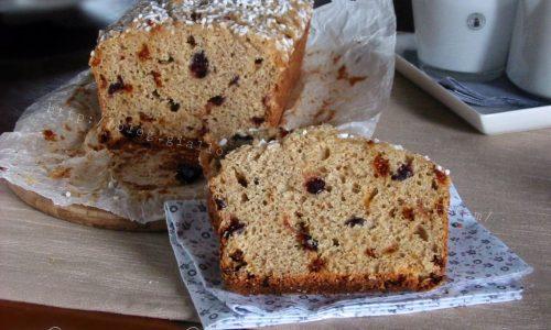 Plumcake integrale senza grassi, con bacche di goji e mirtilli